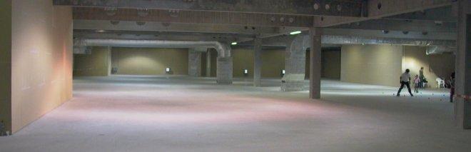 Celkový pohled na prostornou halu