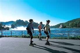 bruslaři u Rýnských vodopádů