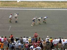 Na závodní dráze